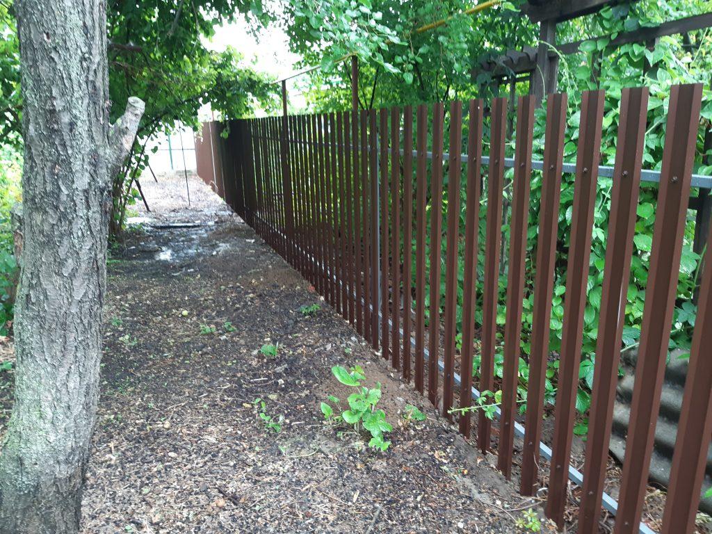Забор из евроштакетника в один ряд в Волгограде и городе Волжский